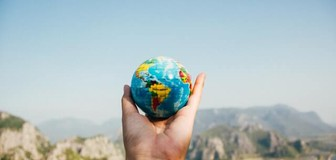 Cover image: Three map websites to add a global dimension to your teaching